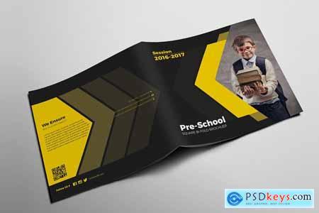 Creativemarket Bi-fold Brochure