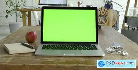 Videohive Laptop Green Screen For Mock Up