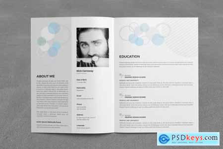 Resume Booklet (8 Pages) 3582858