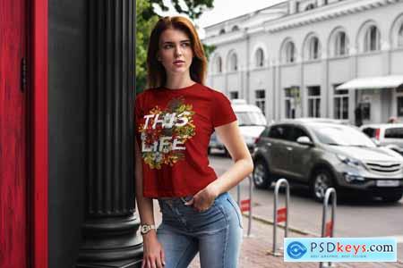 T-Shirt Mock-Up Walking Girl 4069918