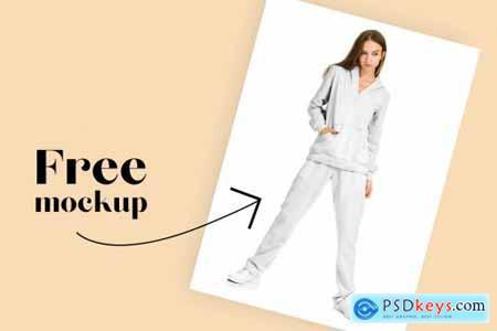 Female Sport Suit Mockup Set 4505161