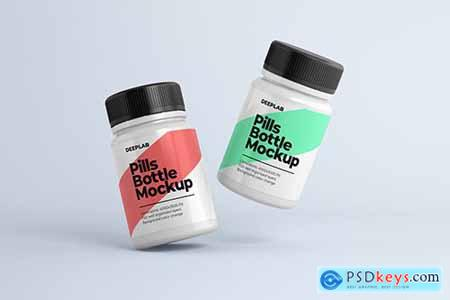 Medical Pill Bottle Mockup 3