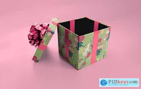 Blank Giftbox Mockup 5585795