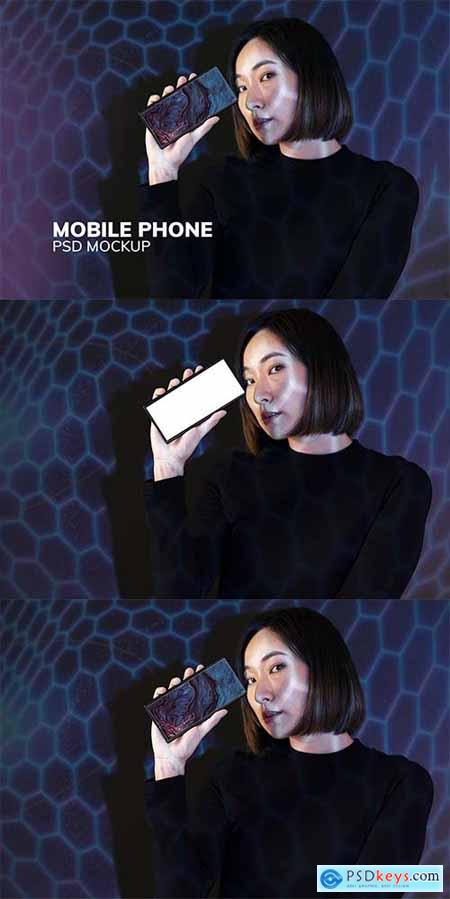 Woman showing smartphone screen mockup psd